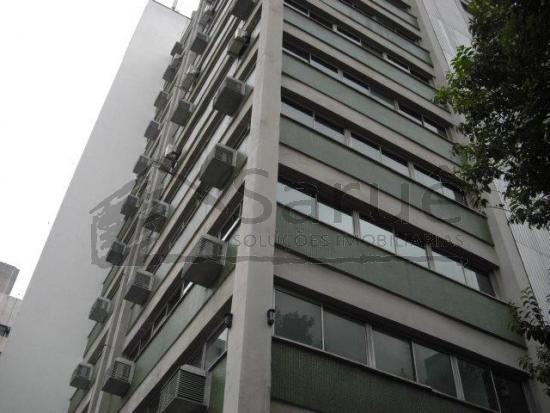 OPORTUNIDADE!! conjunto comercial no Itaim Bibi, com 65m², banheiro, copa, recepção, vaga de garagem. Em edifício com controle de acesso. R$ 630 mil
