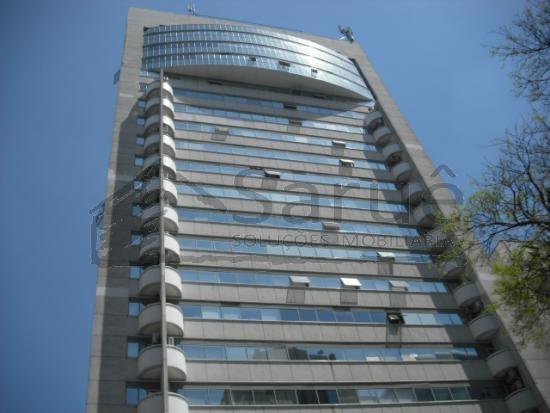Conjunto comercial para locação no Paraíso, 30m², vaga, pronto para mudar, em prédio com auditório e segurança 24 horas, junto ao metrô. R$ 1.500,00