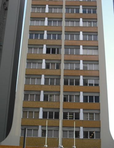 Venda com Renda!! Conjunto comercial com 73m² e vaga na Avenida Paulista.  R$ 995.000,00